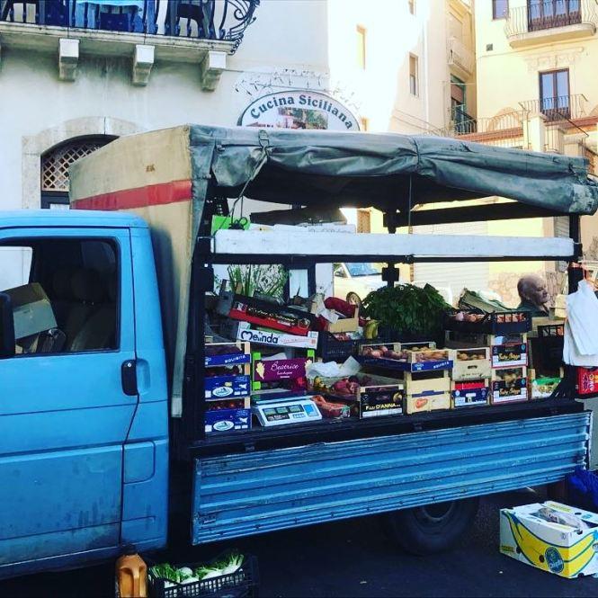 fruit truck 2
